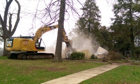 Jonas House being bulldozed down